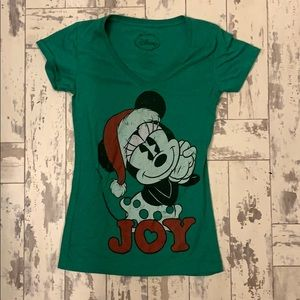 Disney Mickey Mouse Christmas t shirt, medium